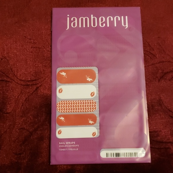 Jamberry Other - Jamberry Nail Wraps Love Potion
